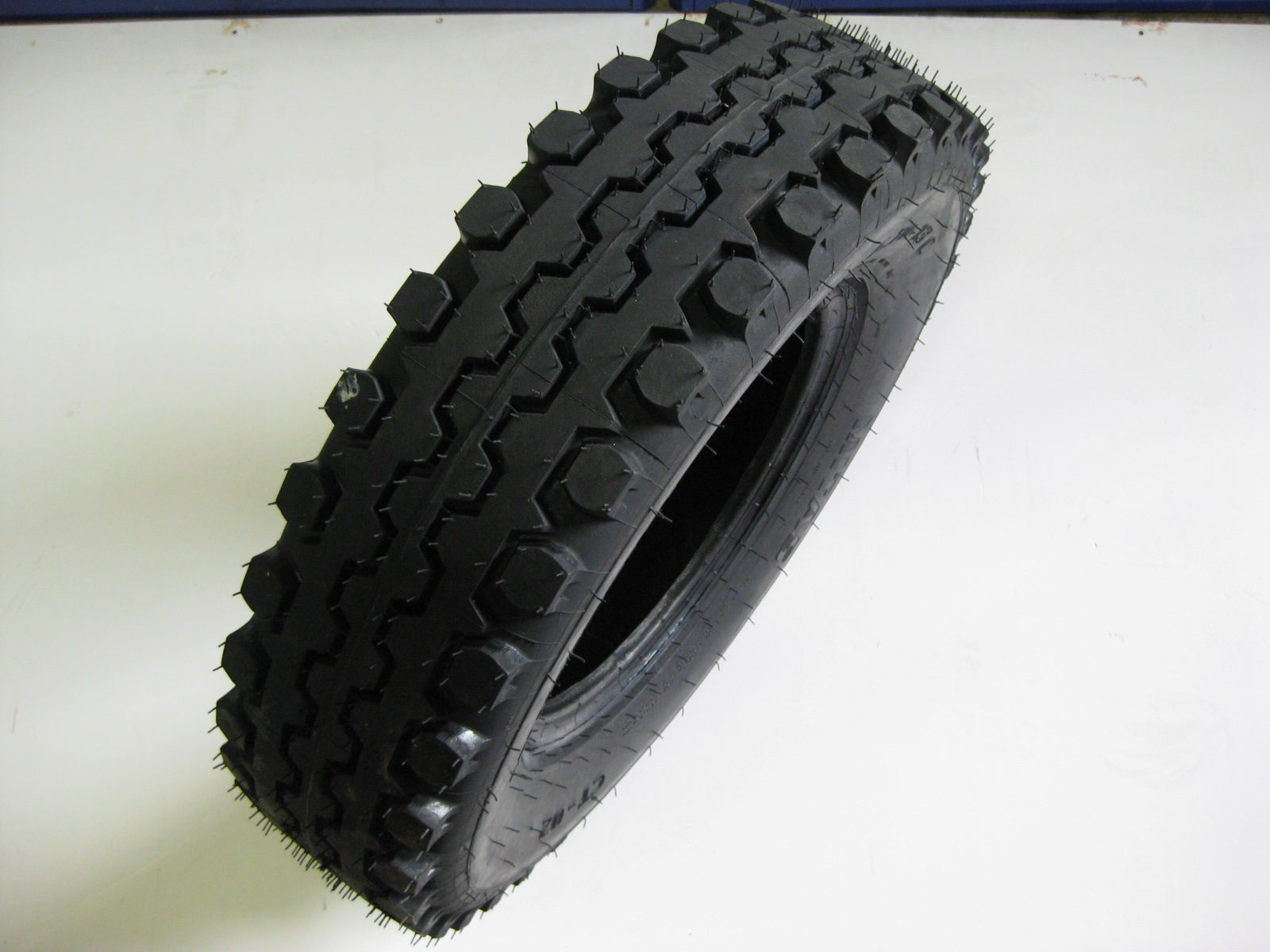 pneumatika 6.70-13 zimní V2-15, Multicar M25